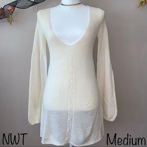 Joyce Leslie Cream Sweater NWT Size Medium